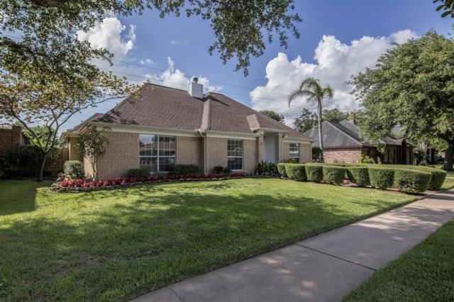 2320 Country Club Drive, Pearland, TX 77581 (MLS #83268385) :: The Heyl Group at Keller Williams