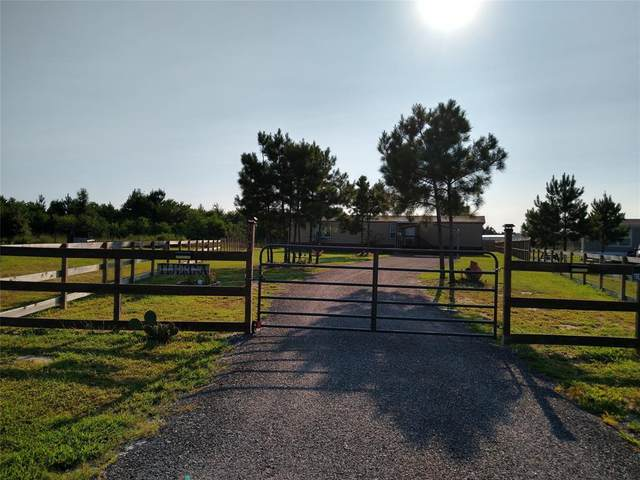 187 Road 5231, Cleveland, TX 77327 (MLS #83334055) :: The SOLD by George Team