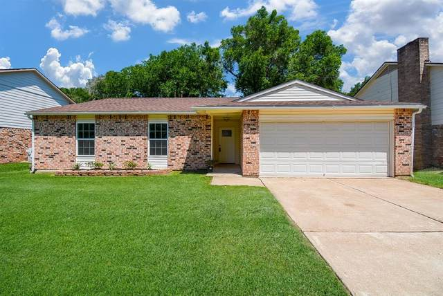 15215 Mcconn Street, Houston, TX 77598 (MLS #83367713) :: Michele Harmon Team