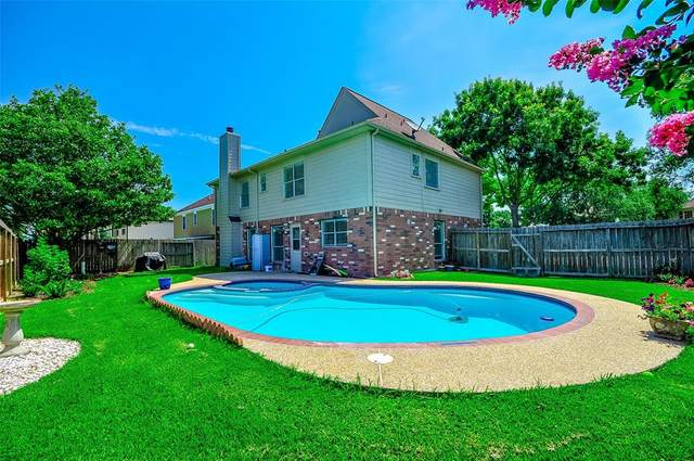 4012 Ivywood Drive, Pearland, TX 77584 (MLS #83385353) :: Christy Buck Team