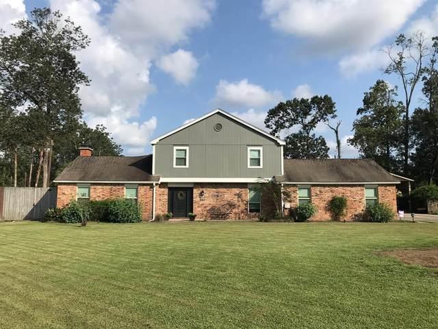 407 W Pineshadows Drive W, Sour Lake, TX 77659 (MLS #83413928) :: Texas Home Shop Realty