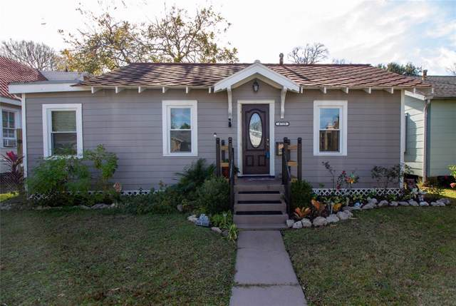 4729 Avenue R 1/2, Galveston, TX 77551 (MLS #83622111) :: Caskey Realty