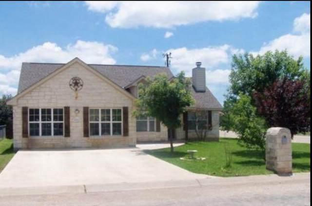 201 Green Oaks Loop, Fredericksburg, TX 78624 (MLS #83681960) :: Connect Realty