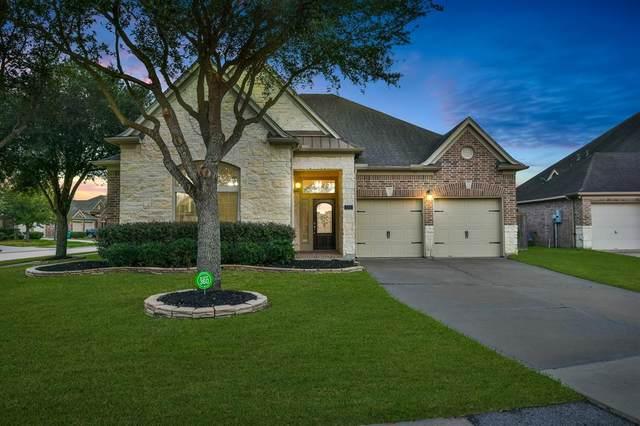 2311 Lilac Breeze Lane, Pearland, TX 77584 (MLS #83713866) :: The Jennifer Wauhob Team