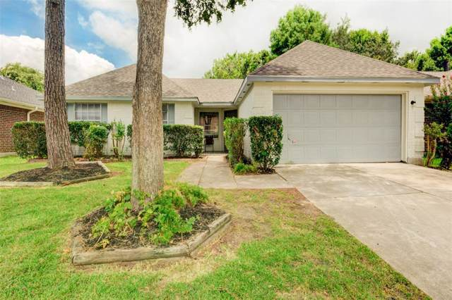 4922 Pleasant Plains Drive, Friendswood, TX 77546 (MLS #83731180) :: Caskey Realty