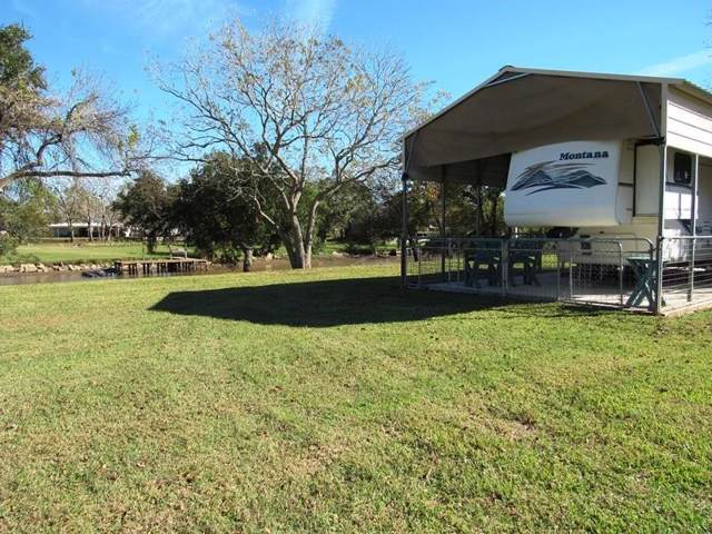 266 Sir Lancelot Dr N Drive, Sargent, TX 77414 (MLS #83745300) :: Texas Home Shop Realty