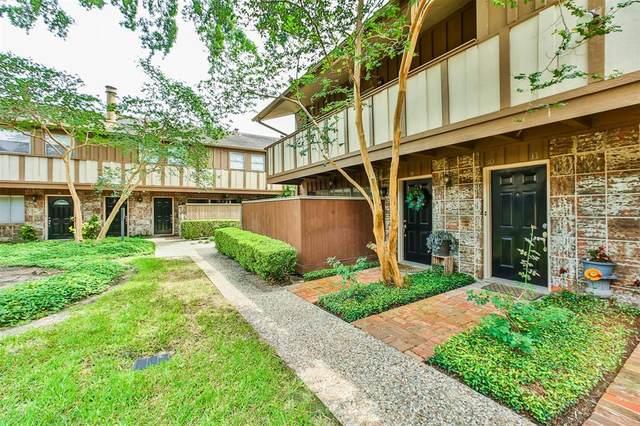 2574 Marilee Lane #10, Houston, TX 77057 (MLS #83750401) :: Lerner Realty Solutions