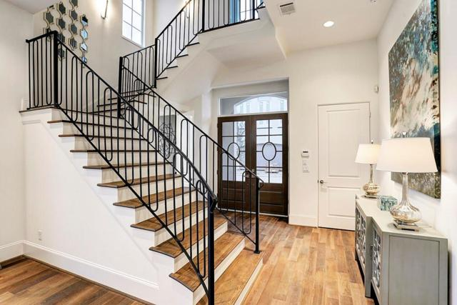 11125 Savannah Woods Lane, Houston, TX 77043 (MLS #83841185) :: Texas Home Shop Realty