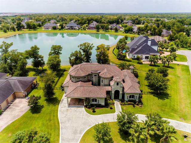 902 Kings Forest Lane, Richmond, TX 77469 (MLS #83842380) :: The SOLD by George Team