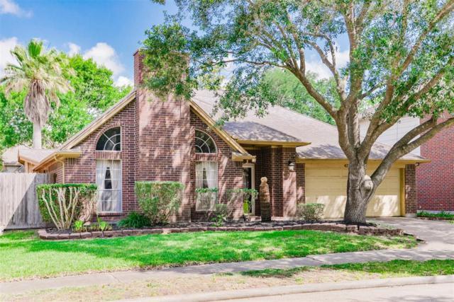 4730 Ten Sleep Lane, Friendswood, TX 77546 (MLS #83866192) :: Texas Home Shop Realty