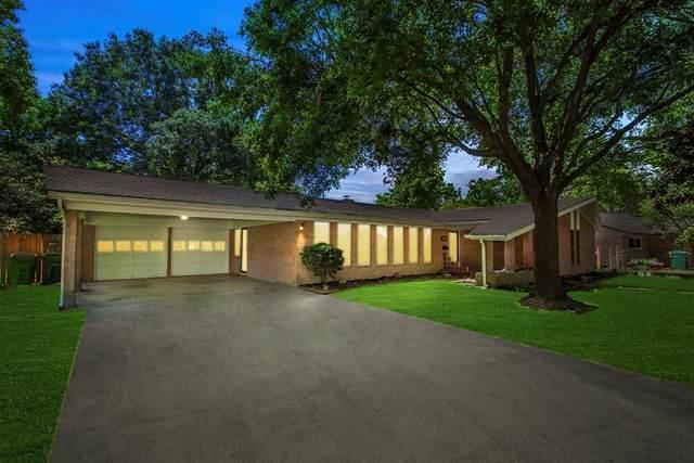 2102 Oceanview Drive, Seabrook, TX 77586 (MLS #83930211) :: Rachel Lee Realtor