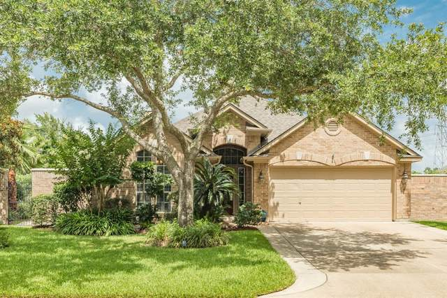 2315 Fairway Pointe Drive, League City, TX 77573 (MLS #83993030) :: Christy Buck Team