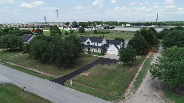10700 Hidden Lake Lane, Richmond, TX 77406 (MLS #84030455) :: Texas Home Shop Realty