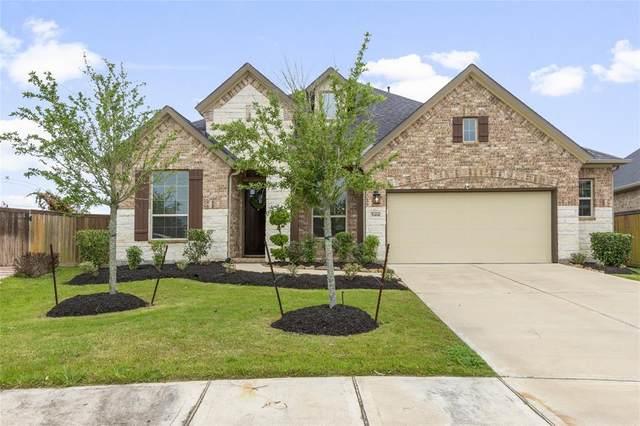 5414 Vista Bluff Lane, Houston, TX 77059 (MLS #84038431) :: The Bly Team