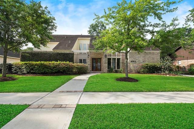 4142 Crownwood Drive, Seabrook, TX 77586 (MLS #84101147) :: Christy Buck Team