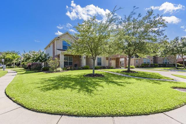211 Grand Creek Court, League City, TX 77573 (MLS #84101416) :: The SOLD by George Team