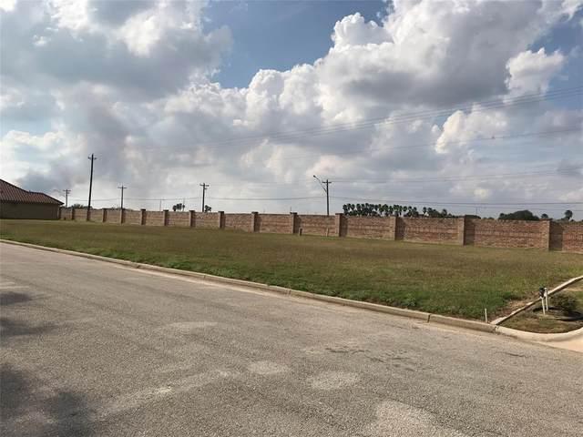 000 Fairway Lane, Harlingen, TX 78552 (MLS #84169019) :: Michele Harmon Team