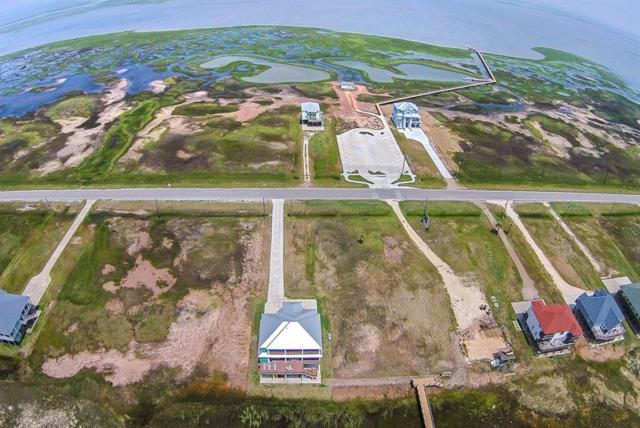 5351 Bluewater Hwy County Road, Surfside Beach, TX 77541 (MLS #84173265) :: The SOLD by George Team