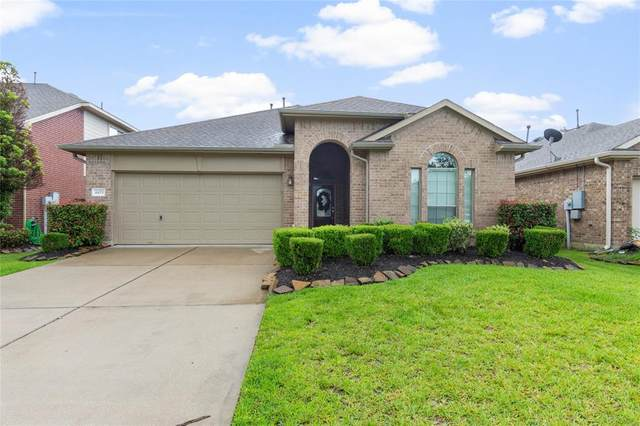 4479 Gerona Street, League City, TX 77573 (MLS #84207629) :: The SOLD by George Team