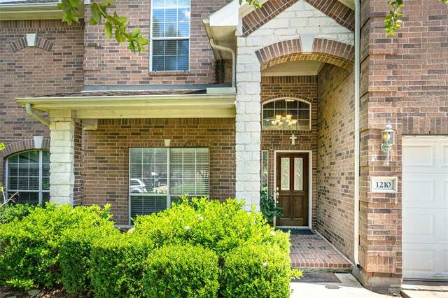 1210 Riverchase Drive, Richmond, TX 77469 (MLS #84209511) :: Phyllis Foster Real Estate