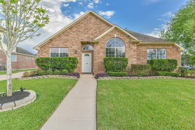 2523 Siskin Trail, League City, TX 77573 (MLS #84212663) :: Rachel Lee Realtor