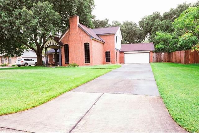 634 Bay Club Drive, Seabrook, TX 77586 (MLS #84215700) :: The Freund Group