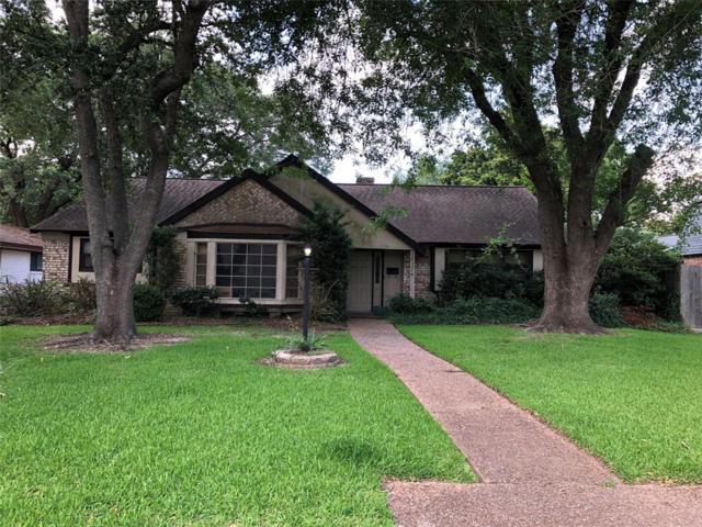 18327 Blanchmont Lane, Nassau Bay, TX 77058 (MLS #84235108) :: The SOLD by George Team