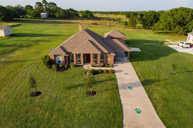 3252 Rolling Valley Lane, Brenham, TX 77833 (MLS #84235405) :: The Home Branch