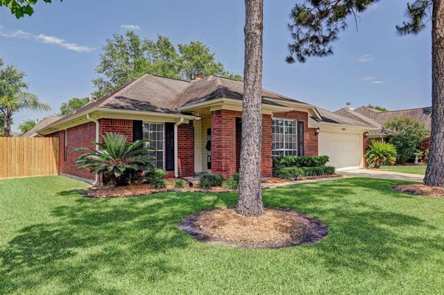 1809 Oak Gate Circle, Pearland, TX 77581 (MLS #84273644) :: Ellison Real Estate Team