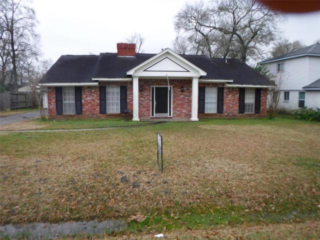 122 Red Bud Lane Lane, Baytown, TX 77520 (MLS #84302346) :: Texas Home Shop Realty