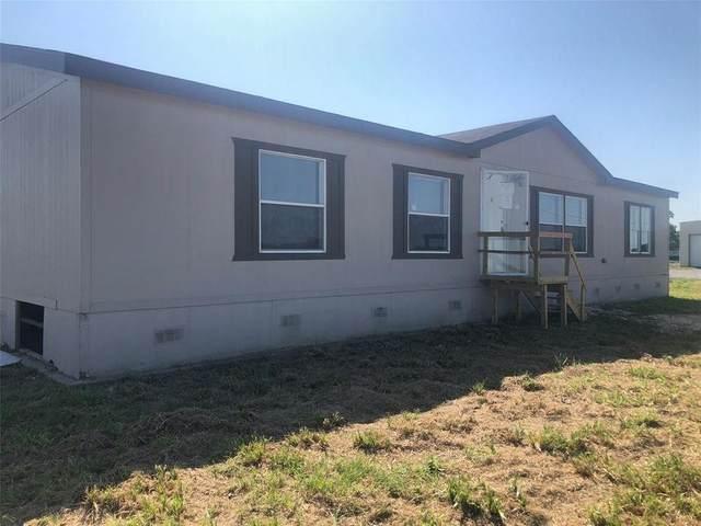 18318 Brumbelow Road, Needville, TX 77461 (MLS #84394431) :: Ellison Real Estate Team