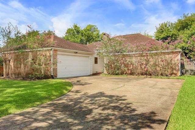 3035 Sam Houston Drive, Sugar Land, TX 77479 (MLS #84453378) :: Green Residential