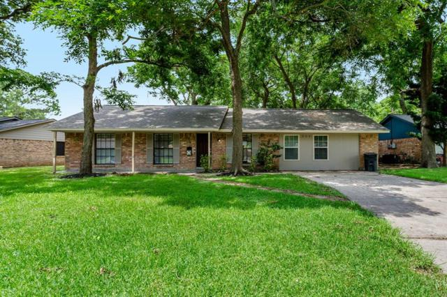 204 Wayne Drive, Clute, TX 77531 (MLS #844834) :: The SOLD by George Team