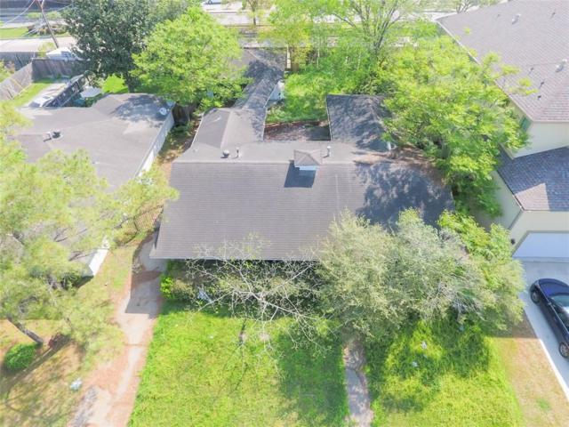 9121 Fordshire Drive, Houston, TX 77025 (MLS #8451621) :: Giorgi Real Estate Group