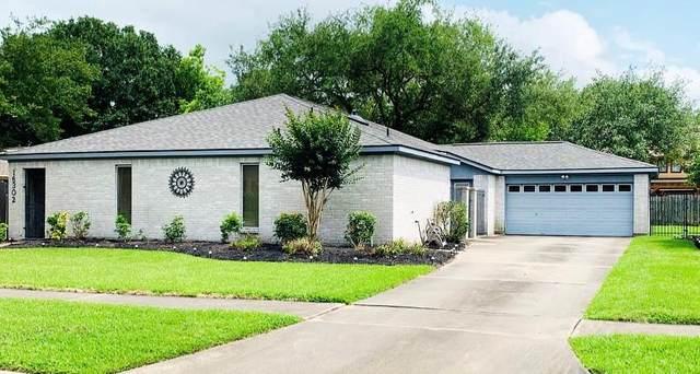 16302 Longvale Drive, Houston, TX 77059 (MLS #84827595) :: Guevara Backman