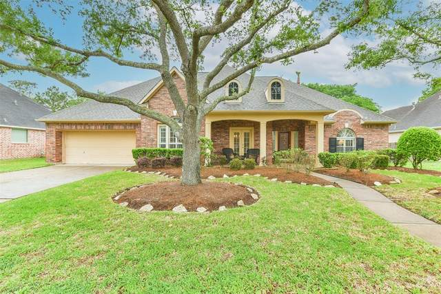 1306 Buttonwood Drive, Friendswood, TX 77546 (MLS #84846131) :: The Freund Group