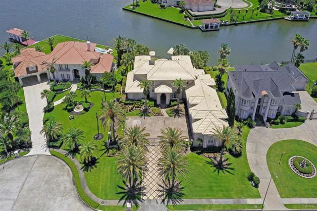 2010 Shoreline Drive, Seabrook, TX 77586 (MLS #84907477) :: The Sansone Group