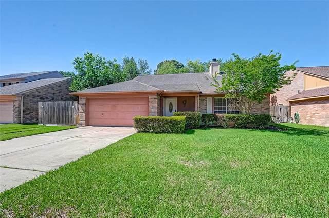 18062 Sagecroft Drive, Houston, TX 77084 (#84907748) :: ORO Realty