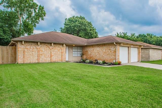 9731 Rocky Hollow Road, La Porte, TX 77571 (MLS #84977392) :: Ellison Real Estate Team
