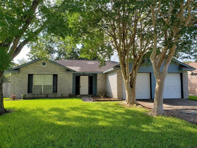 2801 Knoxville Drive, League City, TX 77573 (MLS #85032311) :: The SOLD by George Team