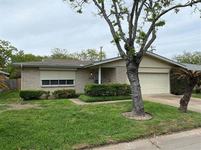 208 Barracuda Avenue, Galveston, TX 77550 (MLS #85102291) :: The SOLD by George Team
