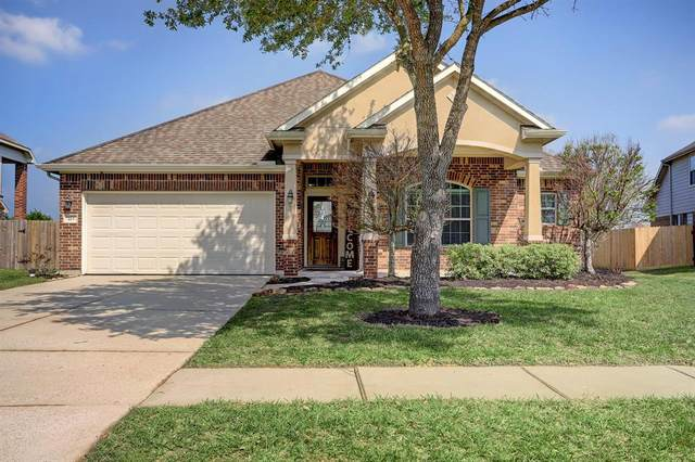 213 Bailey Brook Lane, League City, TX 77539 (MLS #85147829) :: Christy Buck Team
