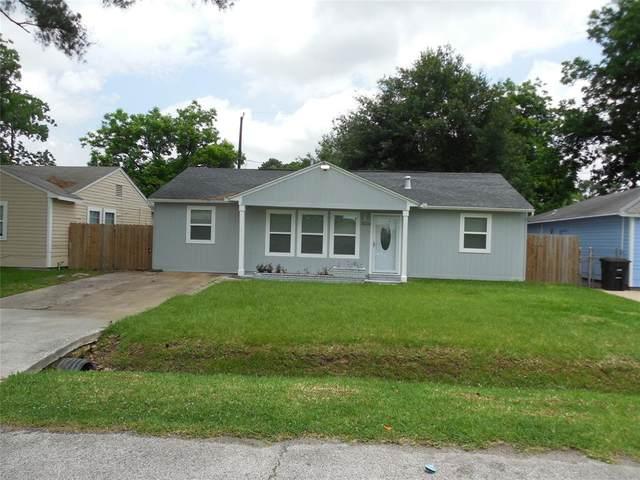 3226 Cliffmarshall 3226 Cliffmarshall Street, Houston, TX 77088 (MLS #85163308) :: The Parodi Team at Realty Associates