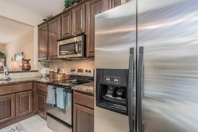 2003 Kemah Village Drive, Kemah, TX 77565 (MLS #85261287) :: Bay Area Elite Properties