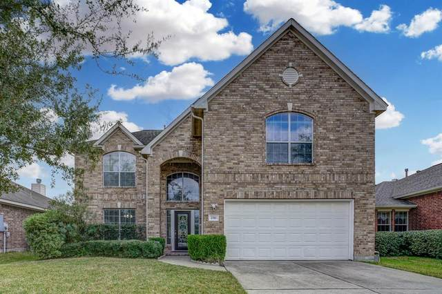 2311 Megellan Point Lane, Pearland, TX 77584 (MLS #85384756) :: Michele Harmon Team