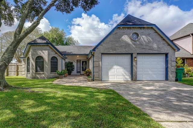 4402 Plover Drive, Seabrook, TX 77586 (MLS #85496705) :: The Freund Group