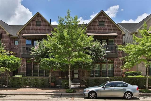 30 Riva Row, The Woodlands, TX 77380 (MLS #85678312) :: Giorgi Real Estate Group