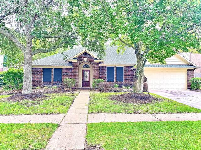 1350 Shrub Oak Drive, League City, TX 77573 (MLS #85707642) :: Michele Harmon Team
