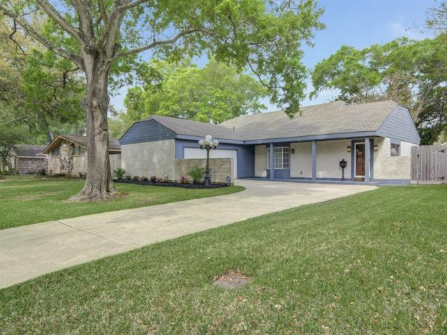1527 Saxony Lane, Nassau Bay, TX 77058 (MLS #8572380) :: Ellison Real Estate Team