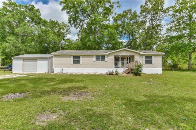 825 County Road 6481, Dayton, TX 77535 (MLS #85769382) :: NewHomePrograms.com LLC